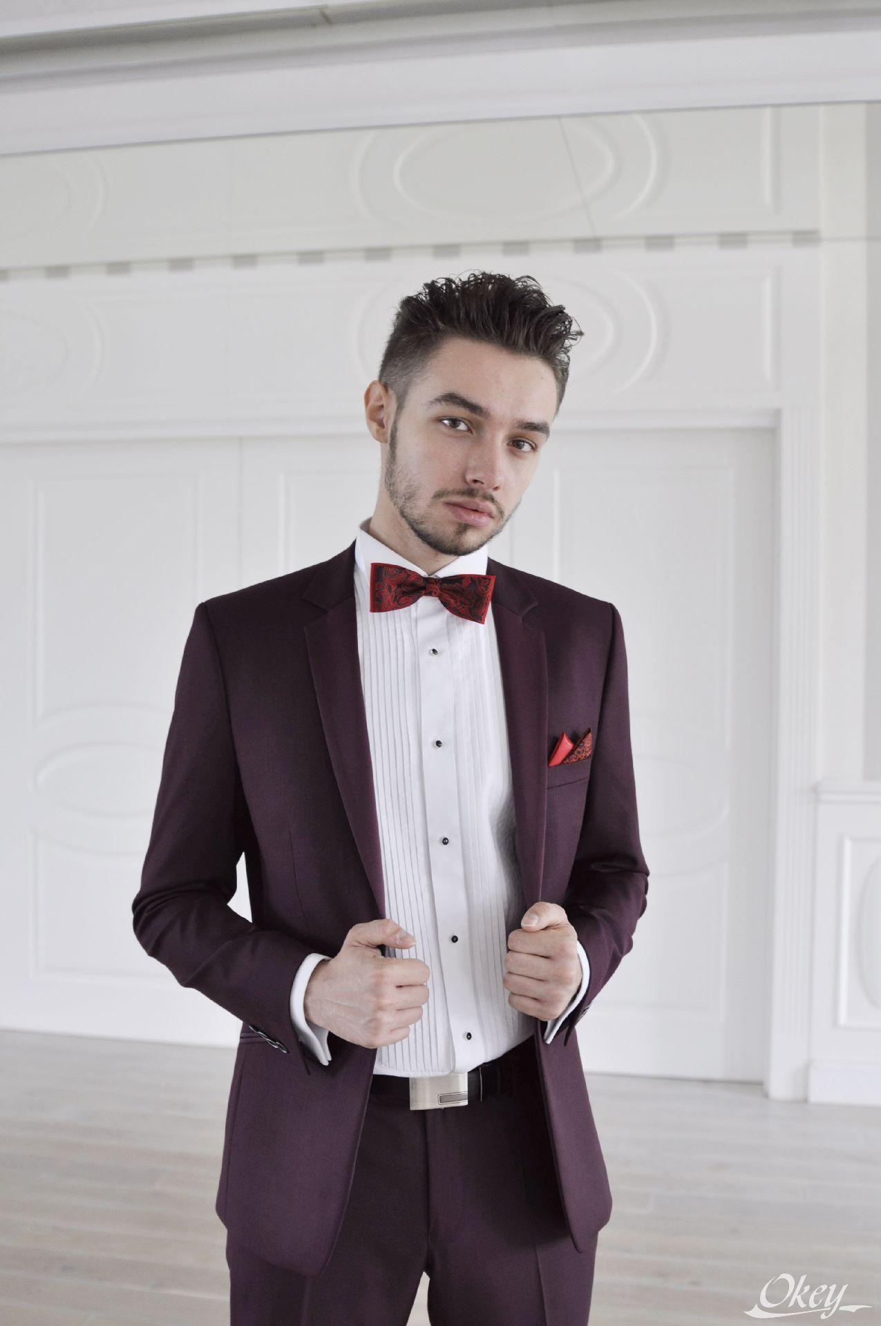 b8bcb0c991293 W naszym salonie służymy zawsze pomocą w wyborze stylizacji ślubnej zarówno  dla Pana młodego jaki gości.